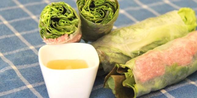 Rouleau de printemps vietnamien au porc fermenté Nem Chua