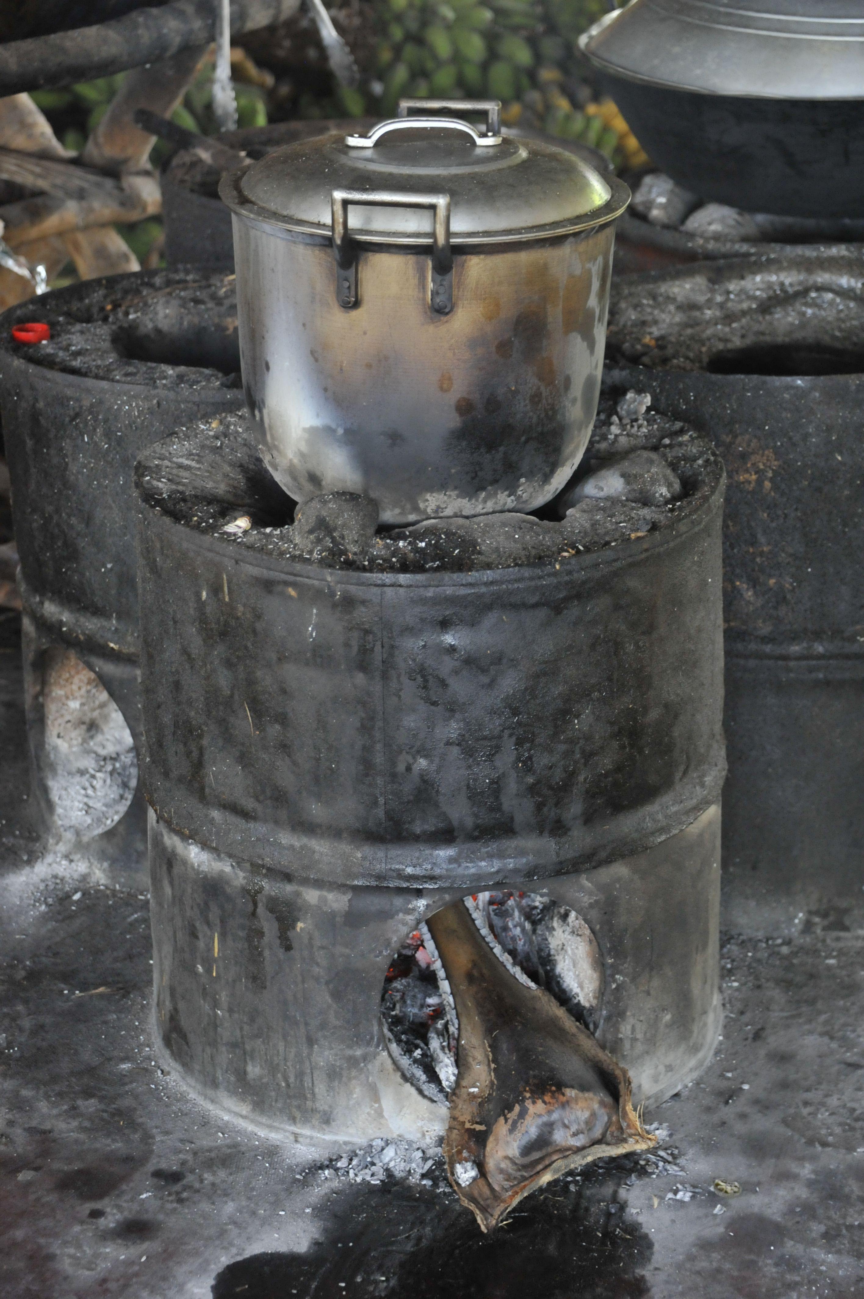 Le rocket stove de la Tao farm