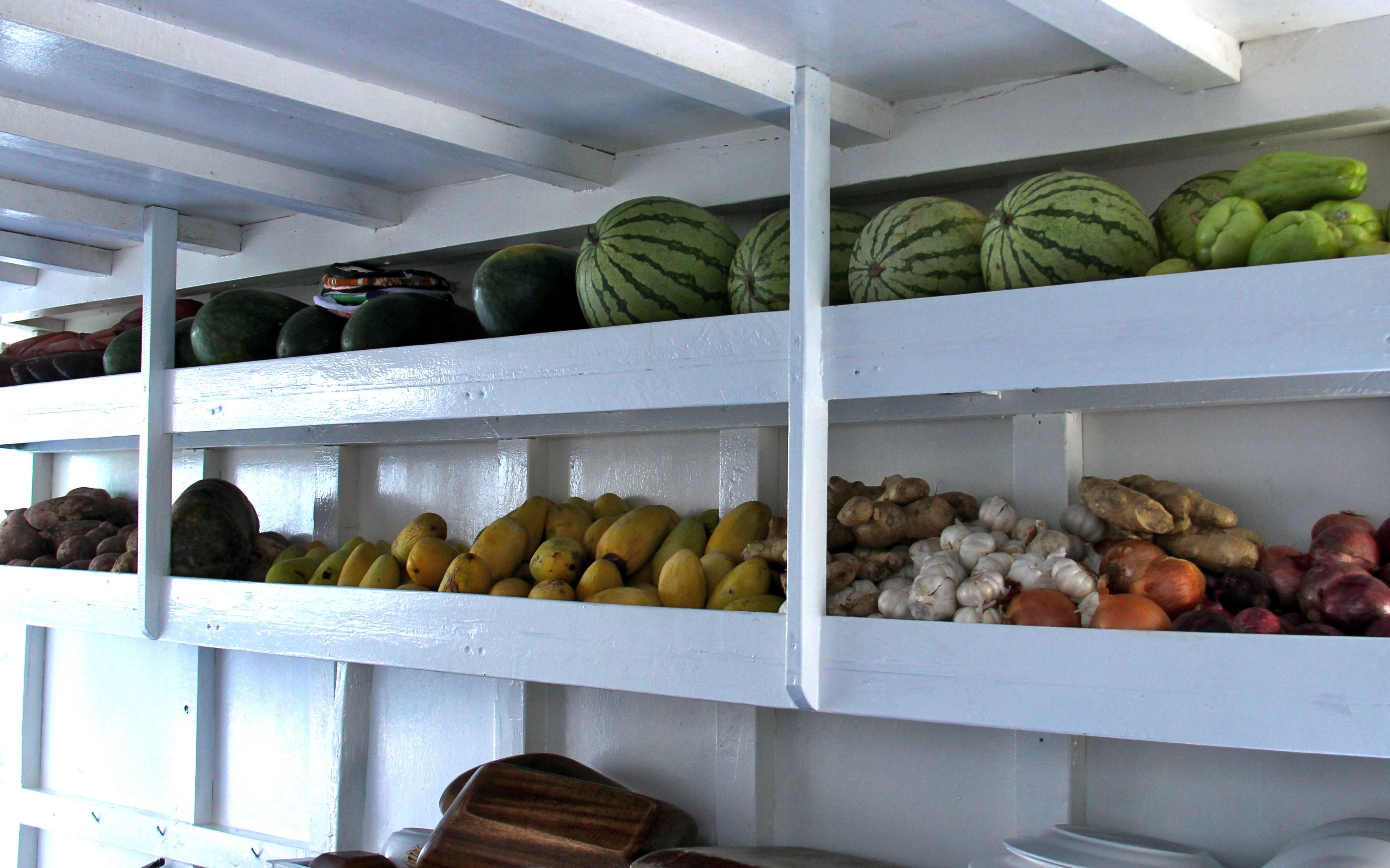 Stockage des fruits et légumes à bord - Tao expeditions