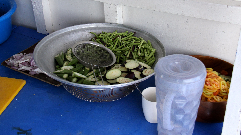 Légumes préparés à bord - Tao expeditions