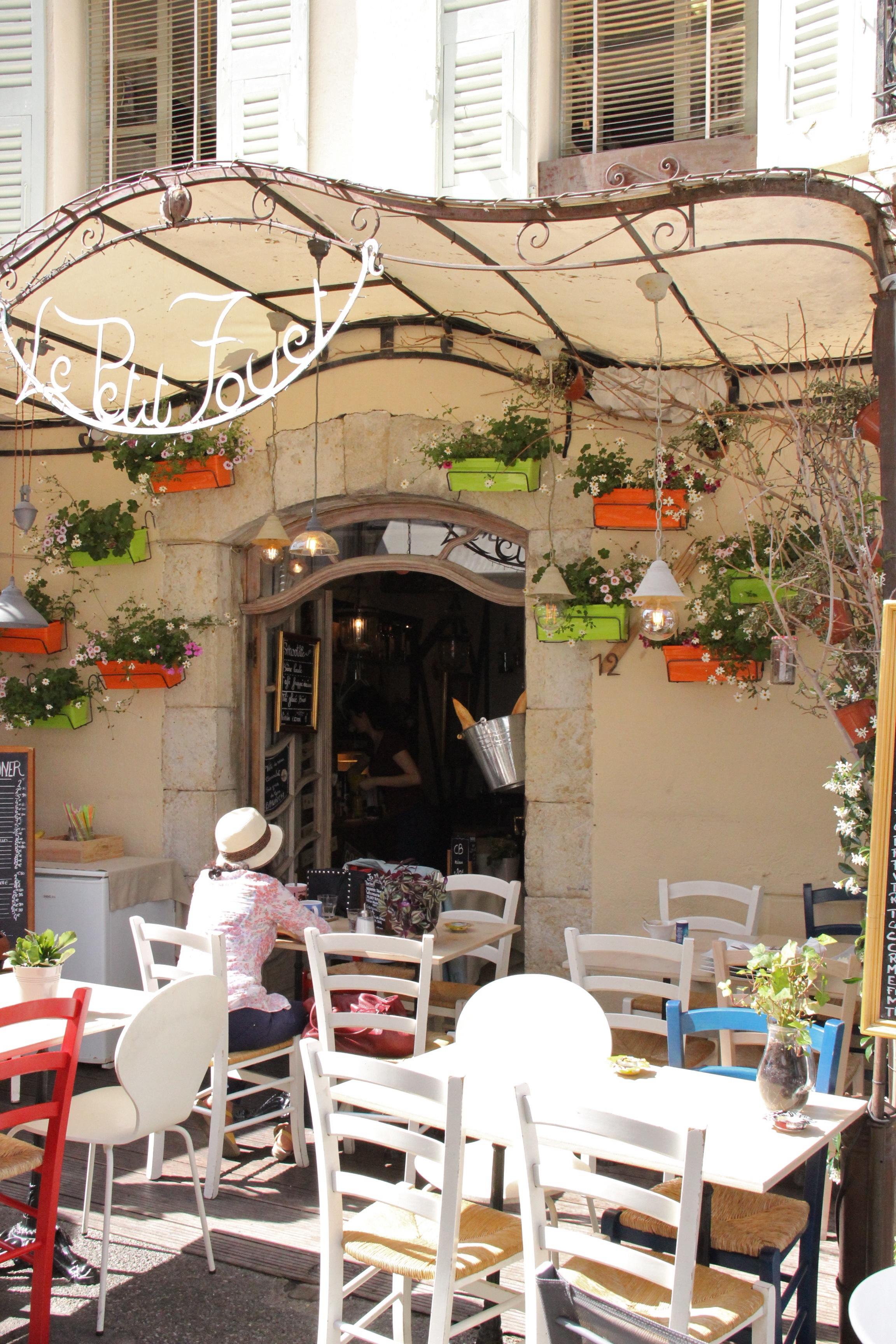 Terrasse de restaurant à Mougins