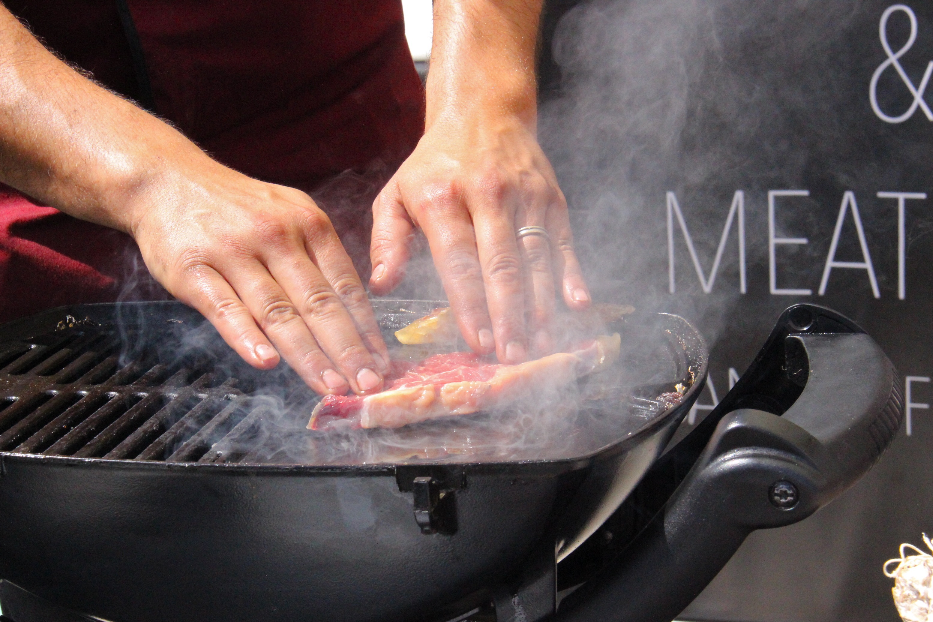 Cuisson de viande à la plancha