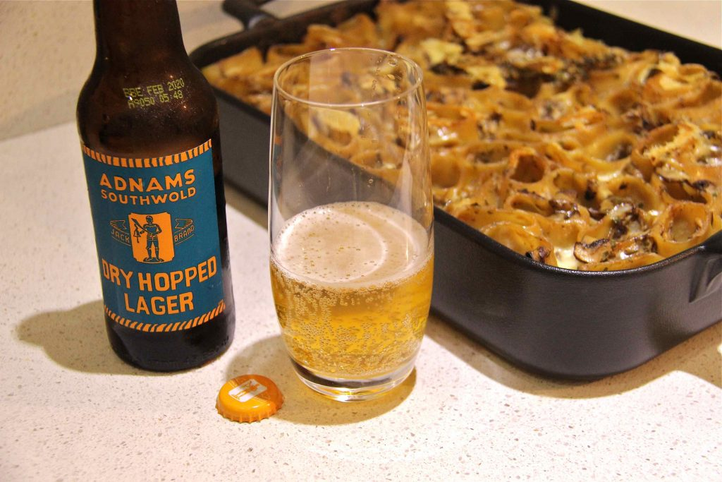 Lager beer Adnams et gratin de paccheri aux champignons