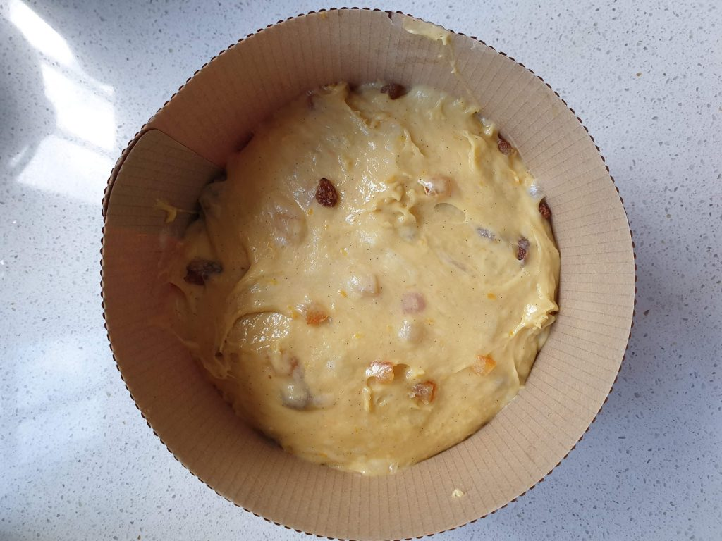 Panettone, pâton final prêt à mettre en pousse