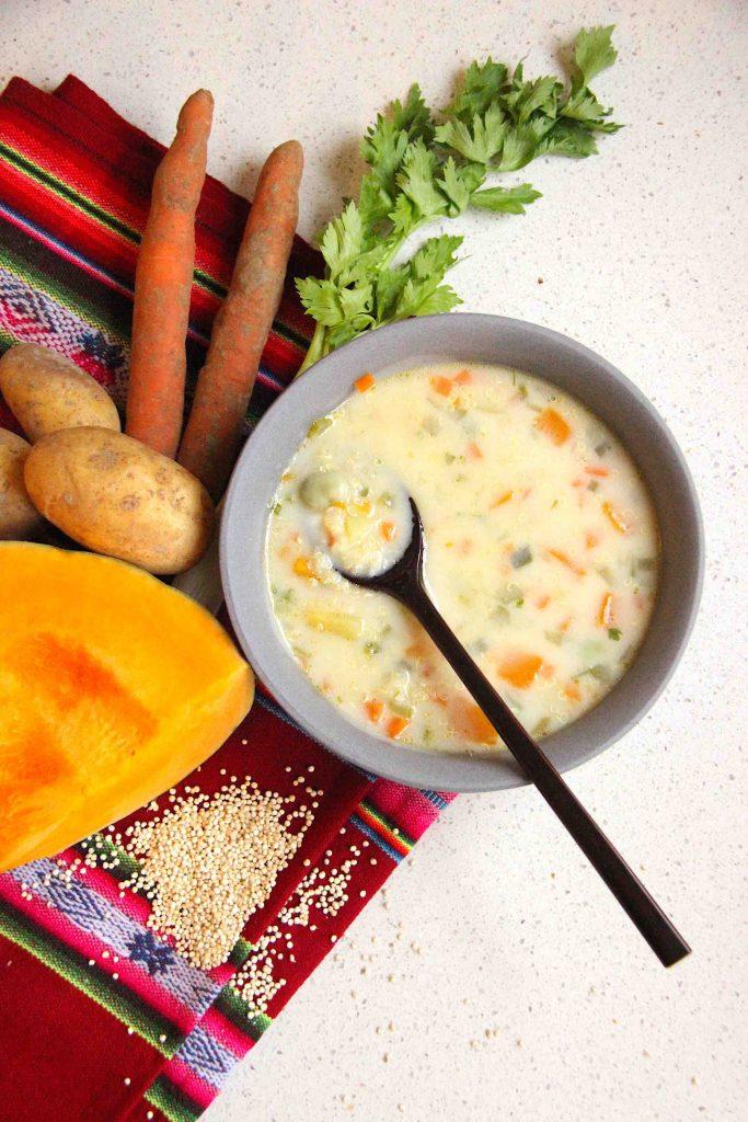 Soupe de quinoa péruvienne, chupe de quinua
