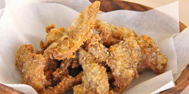 Peau de poulet frite façon philippine pour un snack apéro zéro déchet